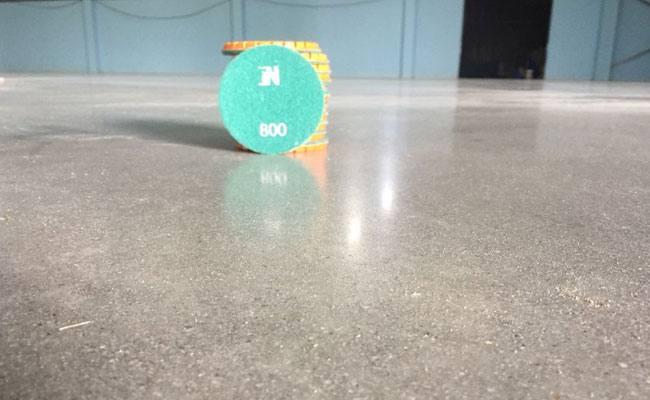Tăng cứng, đánh bóng mặt sàn