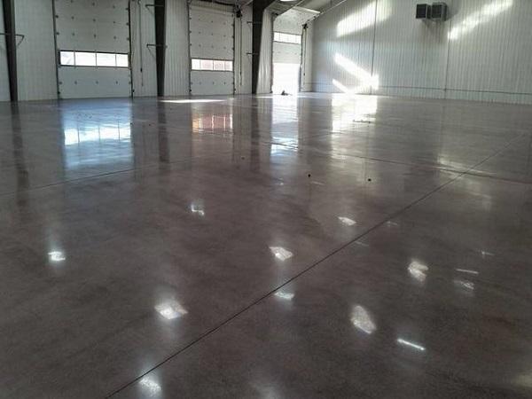 Thi công đánh bóng sàn bê tông gồm các bước nào?